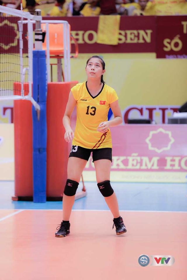 Vẻ đẹp gây sốt của chân dài 15 tuổi ở Giải bóng chuyền nữ Quốc tế VTV Cup Tôn Hoa Sen 2017 - Ảnh 7.