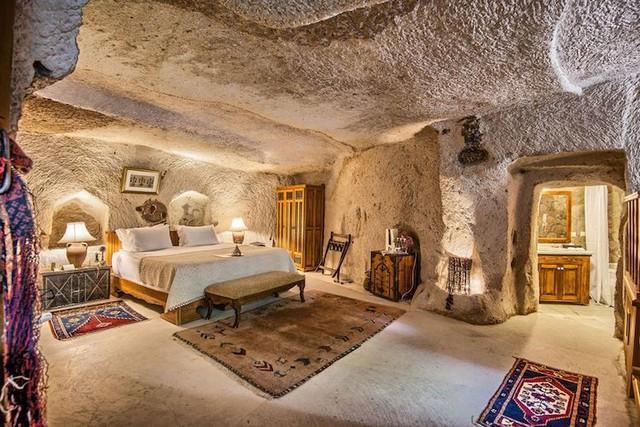 Những khách sạn hang đá độc đáo ở Thổ Nhĩ Kỳ - Ảnh 13.