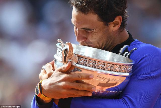 Chung kết Pháp mở rộng 2017: Thắng áp đảo Wawrinka, Nadal khẳng định vị thế vua sân đất nện - Ảnh 5.