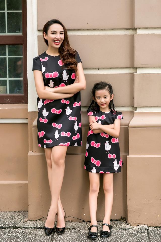 Hoa hậu Du lịch Ngọc Diễm rạng rỡ bên con gái yêu - Ảnh 4.