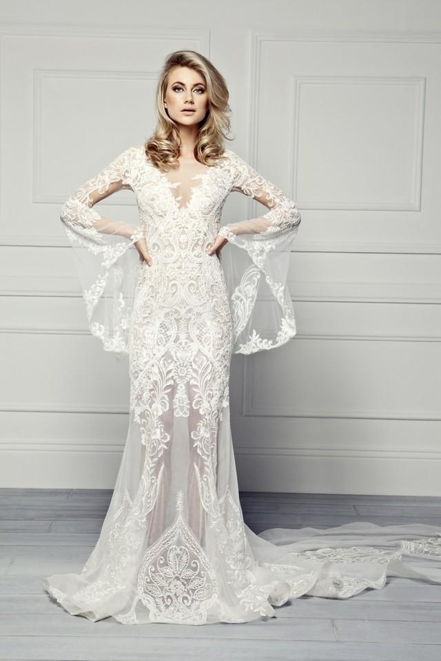 Những mẫu váy cưới tuyệt đẹp cho mùa cưới 2017 - Ảnh 8.