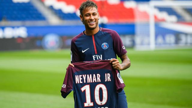 Neymar, Van Dijk, Lukaku, Dembele... và top 10 vụ chuyển nhượng đắt nhất thế giới - Ảnh 1.