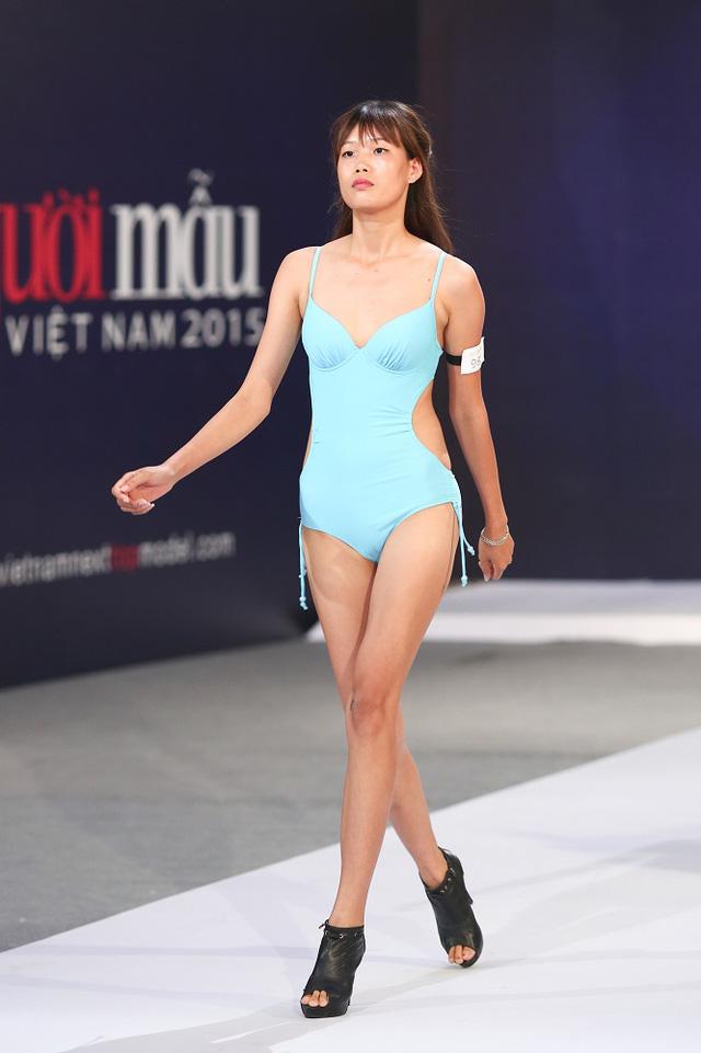 Trở lại Vietnams Next Top Model 2017, Nguyễn Hợp đòi nợ ngôi quán quân - Ảnh 2.