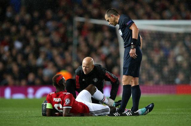 Man Utd áp lệnh treo giò kỳ quặc với Paul Pobga - Ảnh 1.
