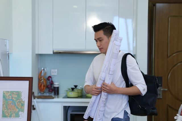 Việt Anh làm ông bố bỉm sữa trong phim mới - Ảnh 1.