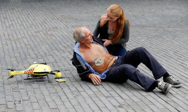 Cấp cứu bệnh nhân đau tim bằng máy bay không người lái - Ảnh 5.