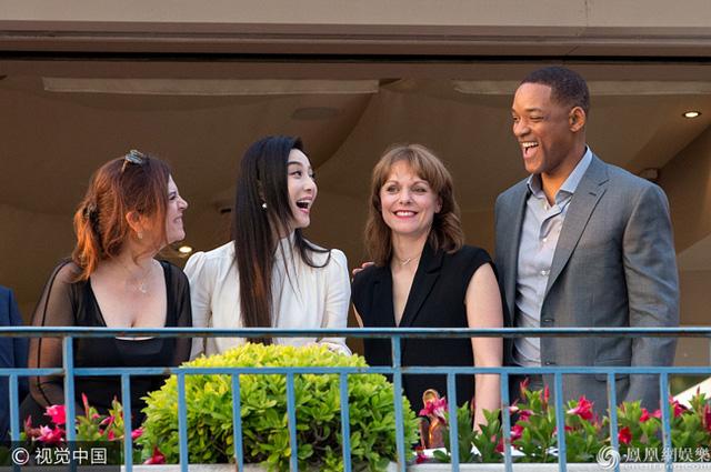 Không diện váy long bào, Phạm Băng Băng vẫn đẹp thoát tục trong ngày đầu ở Cannes - Ảnh 5.