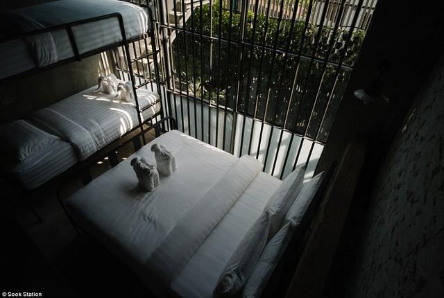 """Khách sạn """"lạnh lẽo"""" nhất Thái Lan mang phong cách nhà tù - Ảnh 1."""