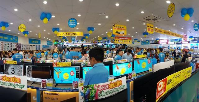 Sôi động thị trường điện máy mùa SEA Games - Ảnh 2.