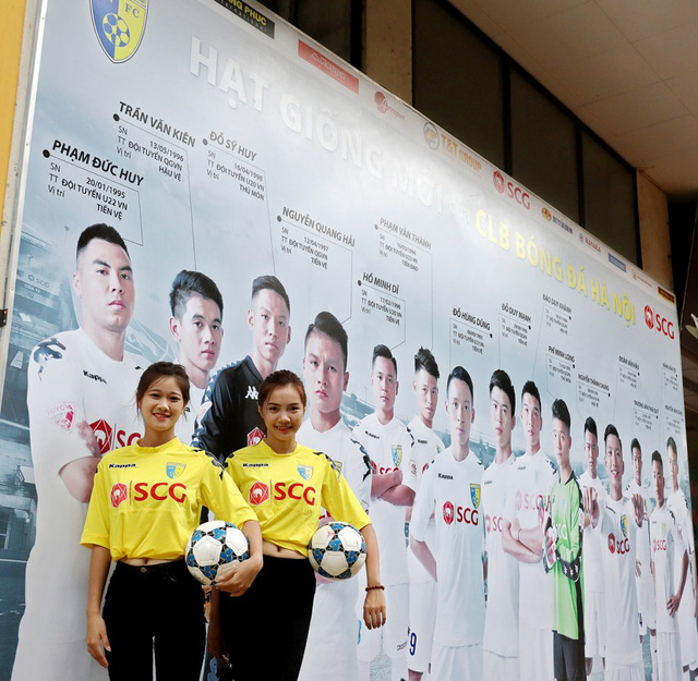 CLB Hà Nội chào đón người hâm mộ trở lại sân Hàng Đẫy với diện mạo hoàn toàn mới - Ảnh 2.