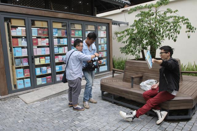 BTV Ninh Quang Trường: Giải Vàng tại LHTHTQ là sự ghi nhận với Sáng tạo 102 - Ảnh 2.