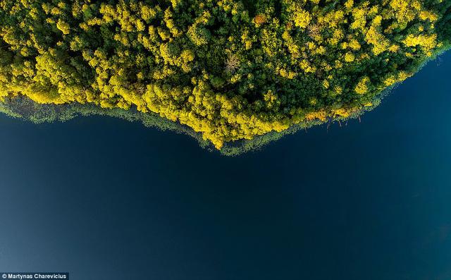 Litva đẹp ngỡ ngàng với góc chụp từ trên cao - Ảnh 19.