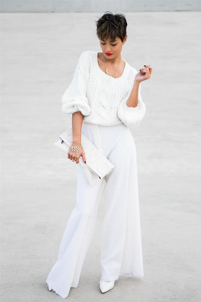 Đừng bao giờ quên, ai cũng nên có trang phục trắng trong tủ áo - Ảnh 3.