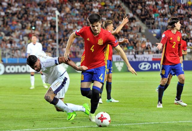 Điểm mặt đội hình 620 triệu Bảng của U21 Tây Ban Nha sắp đá chung kết U21 Euro - Ảnh 3.
