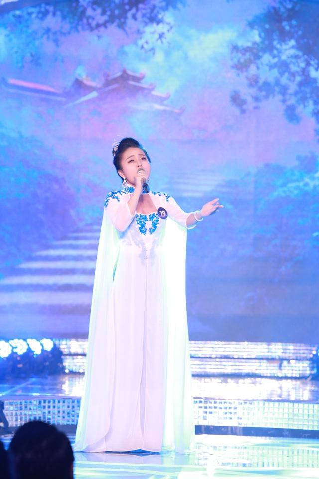 Cô gái xứ Nghệ Phan Ngọc Ánh gây bất ngờ ca khúc mới toanh trên sân khấu CK xếp hạng Sao Mai - Ảnh 1.