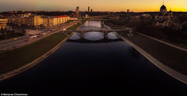 Litva đẹp ngỡ ngàng với góc chụp từ trên cao - Ảnh 6.