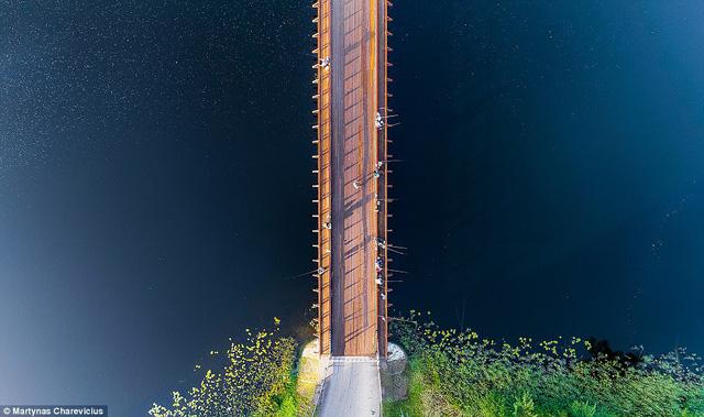 Litva đẹp ngỡ ngàng với góc chụp từ trên cao - Ảnh 9.