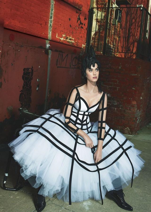 Katy Perry: Không dễ để yêu tôi - Ảnh 6.