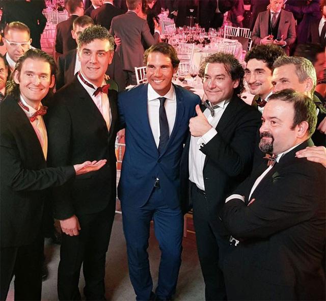 Nadal cười tít mắt nhận danh hiệu từ tay Hoàng hậu - Ảnh 6.