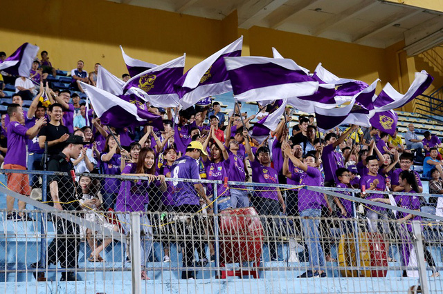 CLB Hà Nội chào đón người hâm mộ trở lại sân Hàng Đẫy với diện mạo hoàn toàn mới - Ảnh 8.