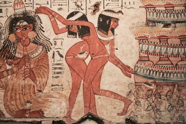 Điều lạ lùng về phụ nữ cổ đại ít ai biết tới - Ảnh 4.