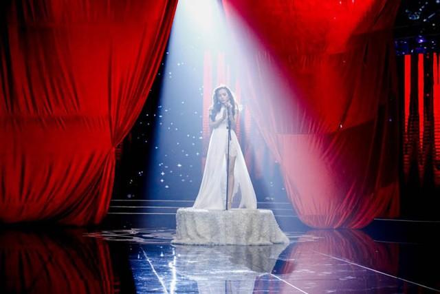 Sài Gòn đêm thứ 7: Công chúa bong bóng Bảo Thy day dứt kể chuyện tình - Ảnh 2.