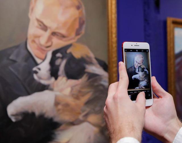 Triển lãm về Tổng thống Putin tại Moscow - ảnh 2