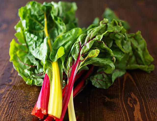 10 loại rau có ít calo nhưng giá trị dinh dưỡng rất cao - Ảnh 4.