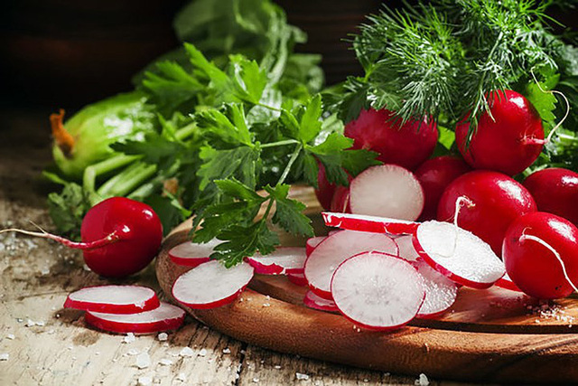 10 loại rau có ít calo nhưng giá trị dinh dưỡng rất cao - Ảnh 8.