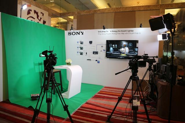 Sony ra mắt giải pháp truyền thông và phòng họp thông minh cho doanh nghiệp - Ảnh 1.