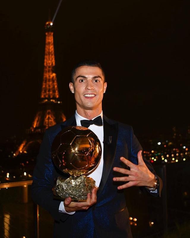 Cristiano Ronaldo chính thức đoạt Quả bóng vàng 2017 - Ảnh 2.