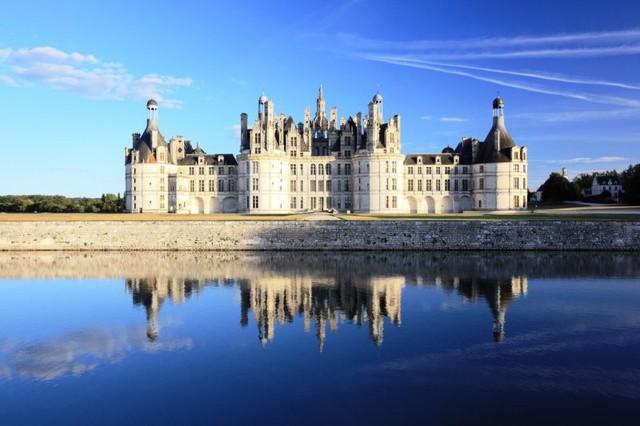 Lâu đài cổ - Một trong những nét đặc trưng của du lịch châu Âu - Ảnh 12.