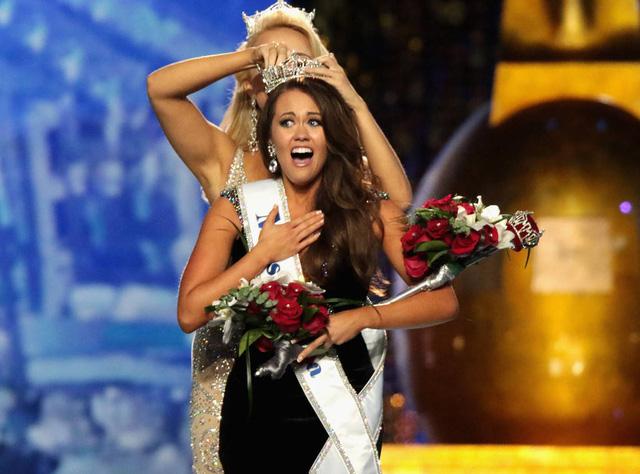 Nhan sắc cô gái 23 tuổi đăng quang Hoa hậu Mỹ 2018 - Ảnh 2.
