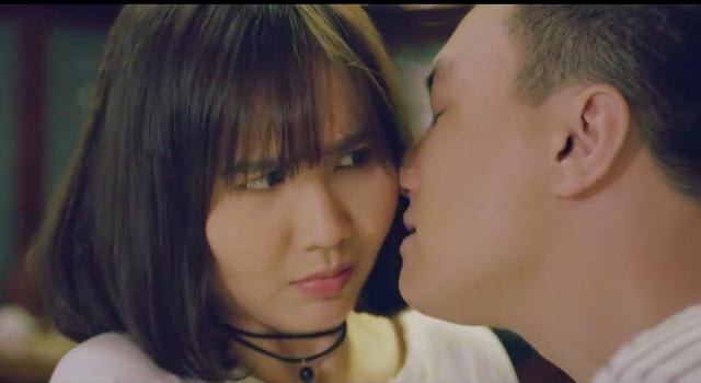 Ngược chiều nước mắt: Anh Tuấn ép Huyền Lizzie nói lời yêu, đòi tạm ứng bằng một nụ hôn - Ảnh 1.