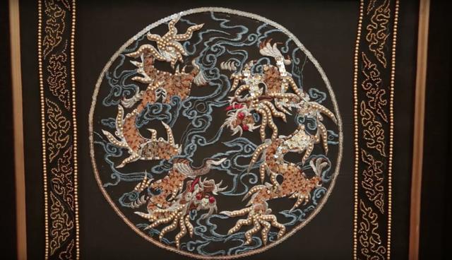 Nhiều tác phẩm nghệ thuật, đồ vật quý hiếm được đấu giá trong chương trình QUI E ORA - Ảnh 3.