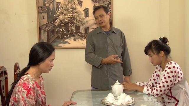 Phim Hoa hồng mua chịu - Tập 2: Gia đình Phương (Thu Quỳnh) lục đục vì khoản tiền đền bù lớn - Ảnh 6.