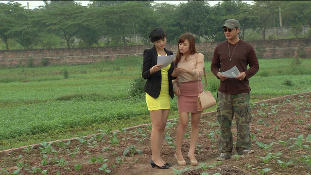 Phim Hoa hồng mua chịu - Tập 17: Phương (Thu Quỳnh) ngày càng làm ăn phát đạt - Ảnh 9.