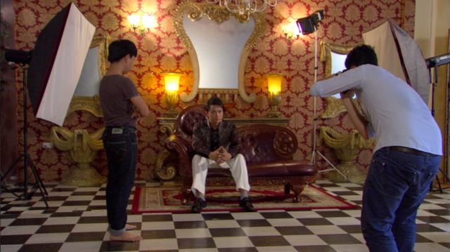 Phim Giao mùa - Tập 11: Vừa mới chia tay bạn trai, Hòa (MC Thanh Huyền) lại định cặp kè với Toàn (Công Dũng) - ảnh 3