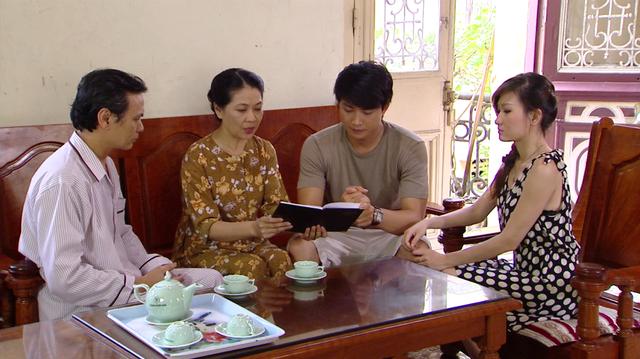 Phim Giao mùa - Tập 32: Trung bị lừa mất hết tiền, Hòa cả giận mất khôn - Ảnh 1.