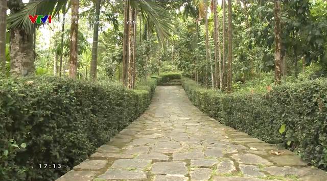Dấu xưa ở làng cổ Lộc Yên: Những nếp nhà cổ trầm mặc, những ngõ đá đẹp mê hồn - Ảnh 1.