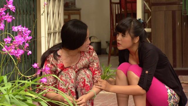 Phim Hoa hồng mua chịu - Tập 3: Không được bố cho tiền, Phương (Thu Quỳnh) quyết bỏ nhà ra đi - Ảnh 3.