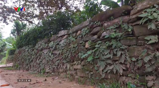 Dấu xưa ở làng cổ Lộc Yên: Những nếp nhà cổ trầm mặc, những ngõ đá đẹp mê hồn - Ảnh 5.