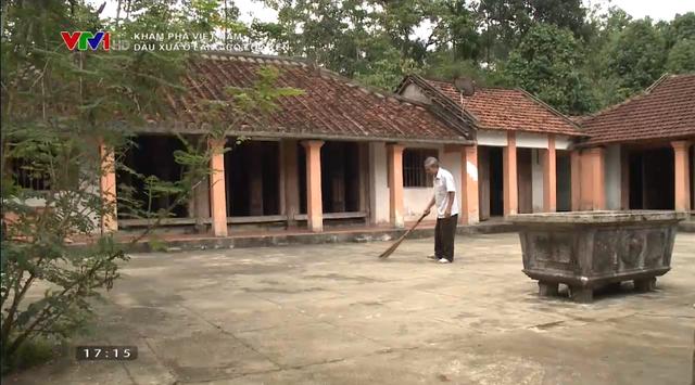 Dấu xưa ở làng cổ Lộc Yên: Những nếp nhà cổ trầm mặc, những ngõ đá đẹp mê hồn - Ảnh 7.