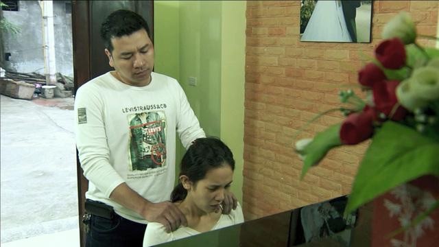 Phim Hoa cỏ may - Tập 13: Hùng (Quyết Thắng) dọa người tình không được ra mặt - Ảnh 8.