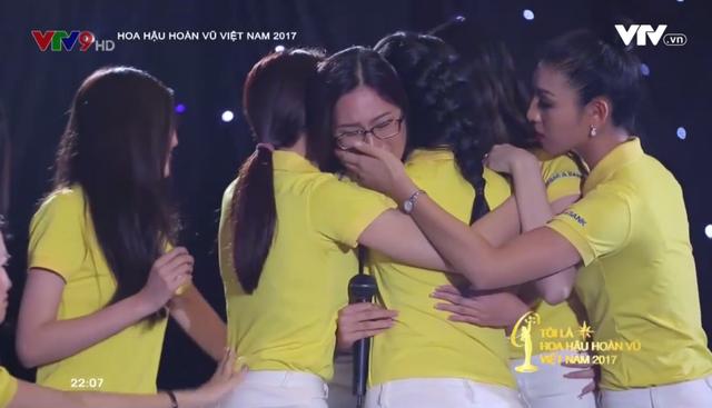 Tôi là Hoa hậu Hoàn vũ Việt Nam 2017: Đội Hoàng Thùy bất ngờ bị các người đẹp này vượt mặt - Ảnh 4.