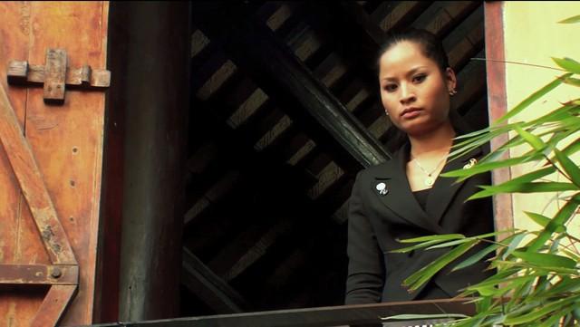 Phim Hoa cỏ may - Tập 16: Na (Nguyệt Hà) sống trong sợ hãi và tuyệt vọng - Ảnh 2.