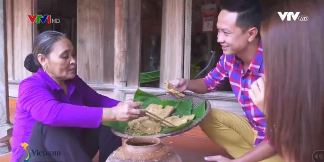 Lạ miệng cá thính, bánh tẻ tại miền quê của những người sành ăn - Ảnh 1.