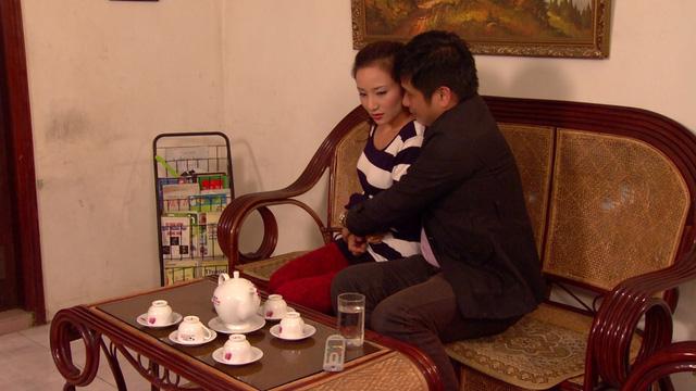 Phim Hoa hồng mua chịu - Tập 22: Tín (Minh Tiệp) ngày càng mưu mô xảo quyệt - Ảnh 5.