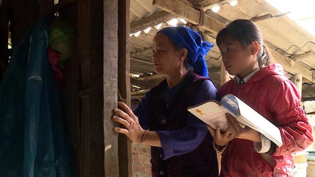 Trao tặng 20 suất học bổng cho học sinh nghèo tại Cao Bằng - Ảnh 8.