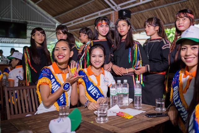 Hoa hậu Hữu nghị ASEAN: Dàn người đẹp hào hứng với trải nghiệm giao lưu văn hóa - Ảnh 2.